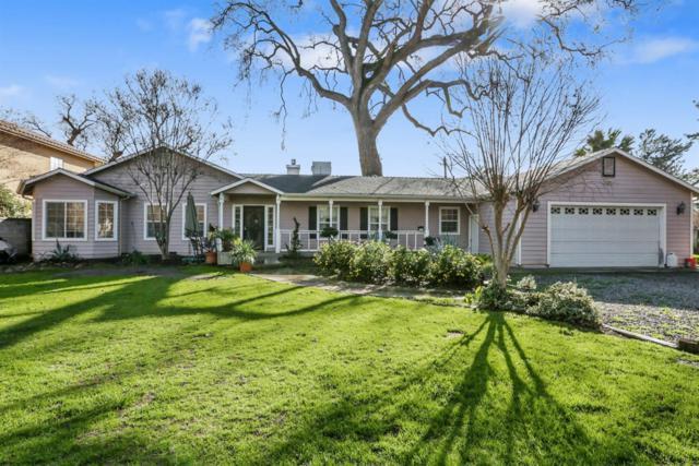 208 S Bollinger Street, Visalia, CA 93291 (#517534) :: Soledad Hernandez Group