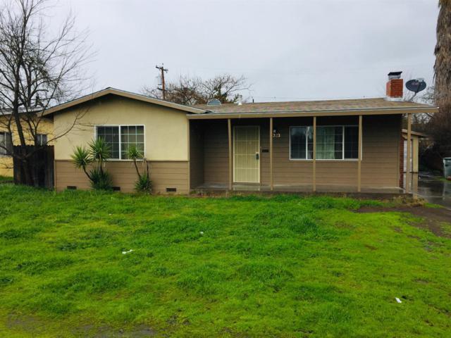 3323 E Dakota Avenue, Fresno, CA 93726 (#517666) :: Soledad Hernandez Group