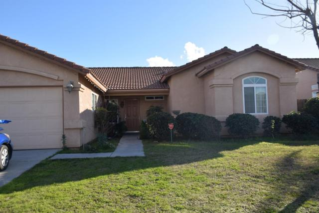 15835 W El Mar Avenue, Kerman, CA 93630 (#517685) :: Soledad Hernandez Group