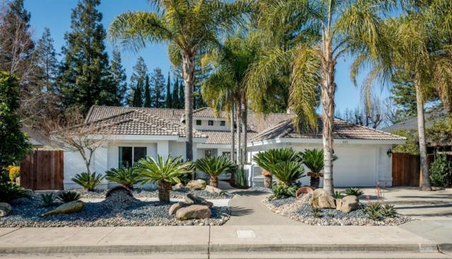 896 E Catalina Circle, Fresno, CA 93730 (#517725) :: Soledad Hernandez Group