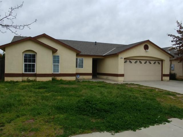 565 Tucker Avenue, Sanger, CA 93657 (#517730) :: Soledad Hernandez Group
