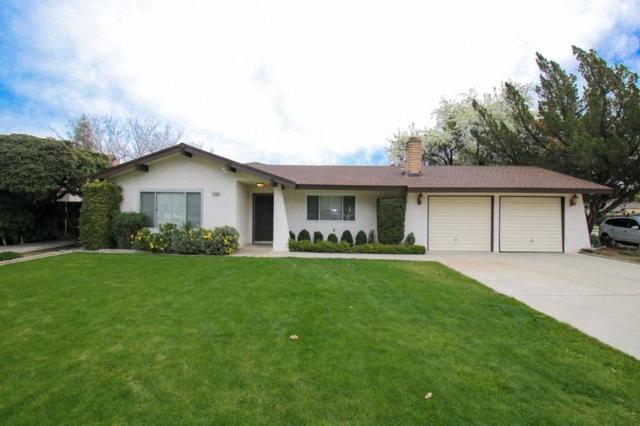 1486 S Reed Avenue, Reedley, CA 93654 (#517738) :: Soledad Hernandez Group