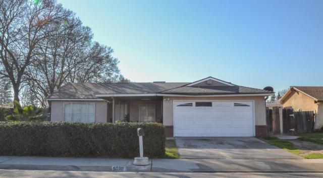 5019 W Indianapolis Avenue, Fresno, CA 93722 (#517809) :: Soledad Hernandez Group