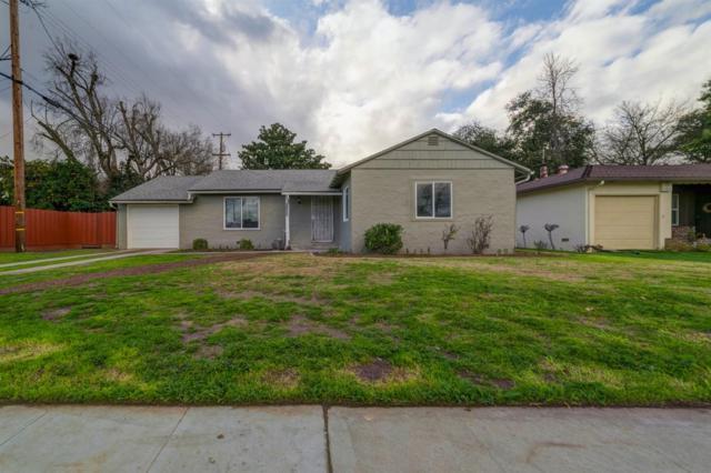 2825 N Fruit Avenue, Fresno, CA 93705 (#517899) :: Soledad Hernandez Group