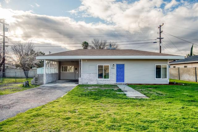 955 N Dolores Avenue, Fresno, CA 93728 (#517933) :: FresYes Realty