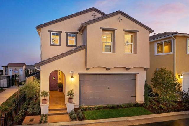 3737 Magnificent Lot 16 Lane, Clovis, CA 93619 (#517968) :: Soledad Hernandez Group