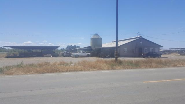 13807 Carpenter Road, Patterson, CA 95313 (#518001) :: FresYes Realty