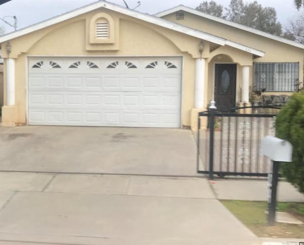 824 Anchor Avenue, Orange Cove, CA 93646 (#518059) :: FresYes Realty