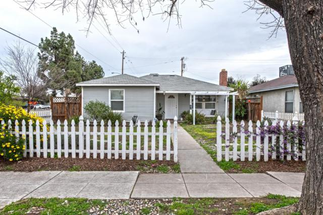 1594 N Delno Avenue, Fresno, CA 93728 (#518410) :: FresYes Realty
