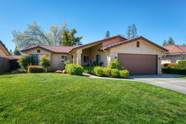 7163 N Carnegie, Fresno, CA 93722 (#518829) :: FresYes Realty