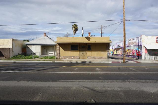 479 E Belmont Avenue, Fresno, CA 93701 (#518990) :: FresYes Realty