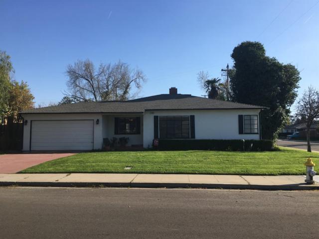 845 W Pine Avenue, Fresno, CA 93728 (#519544) :: FresYes Realty
