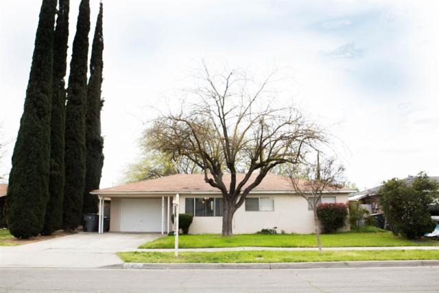 2415 W Indianapolis Avenue, Fresno, CA 93705 (#519580) :: FresYes Realty