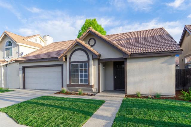 239 W Athens Avenue, Clovis, CA 93611 (#519618) :: Soledad Hernandez Group
