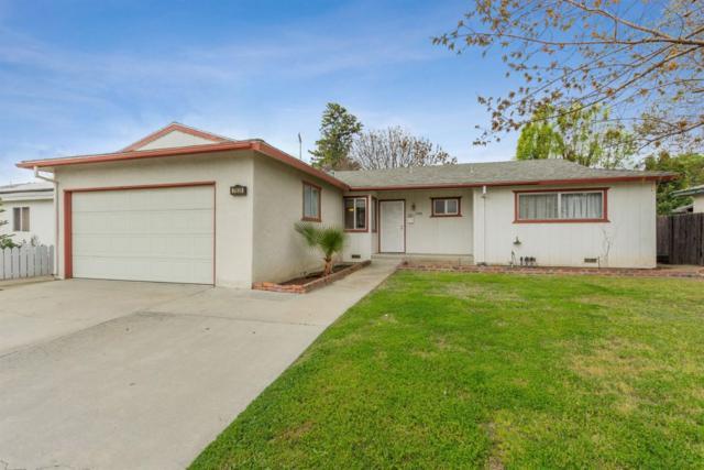 2938 Villa Avenue, Clovis, CA 93612 (#519802) :: FresYes Realty