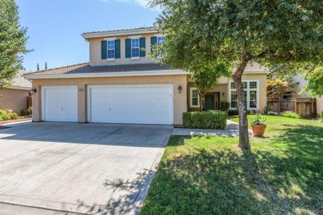 10585 N Pierpont Circle, Fresno, CA 93730 (#519861) :: FresYes Realty