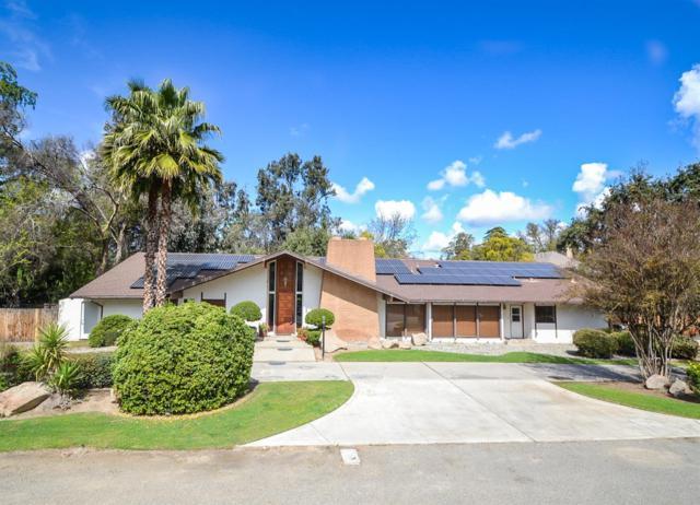 1015 E Indianapolis Avenue, Fresno, CA 93704 (#519874) :: FresYes Realty