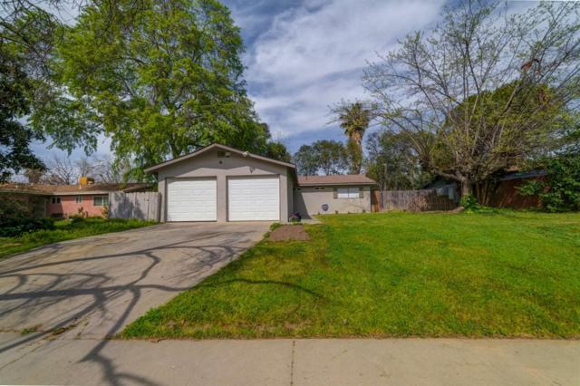 3164 W Richert Avenue, Fresno, CA 93722 (#519947) :: FresYes Realty