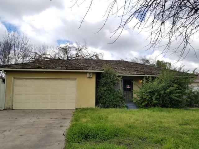 3223 N Mariposa Street, Fresno, CA 93726 (#519974) :: Raymer Realty Group