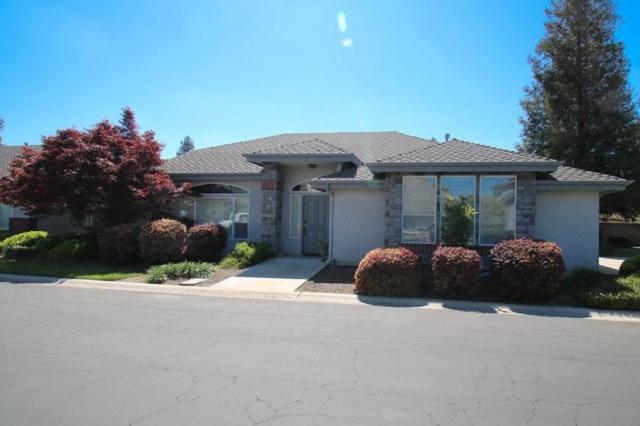 183 W Cambridge Drive, Reedley, CA 93654 (#521063) :: FresYes Realty