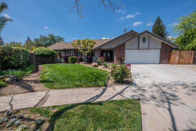 8481 N Calaveras Street, Fresno, CA 93711 (#521070) :: FresYes Realty