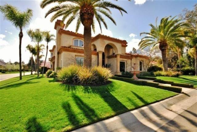 7463 N Highgrove Lane, Fresno, CA 93711 (#521167) :: FresYes Realty