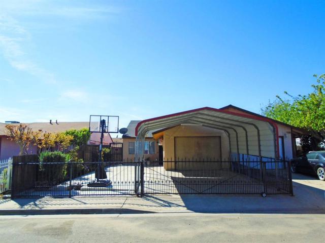 17135 Railroad Avenue, Huron, CA 93234 (#521424) :: FresYes Realty