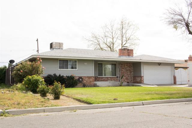 4720 E Garland Avenue, Fresno, CA 93726 (#521447) :: FresYes Realty