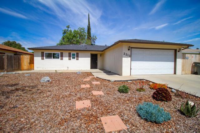 2212 W Gettysburg Avenue, Fresno, CA 93705 (#521455) :: FresYes Realty