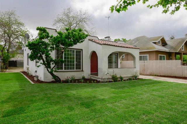 2647 S 11Th Street, Fresno, CA 93725 (#521543) :: FresYes Realty