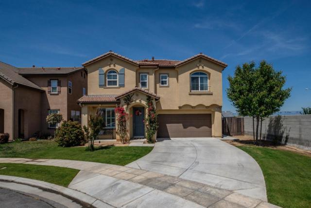 2486 E Turnberry Avenue, Fresno, CA 93730 (#521653) :: FresYes Realty