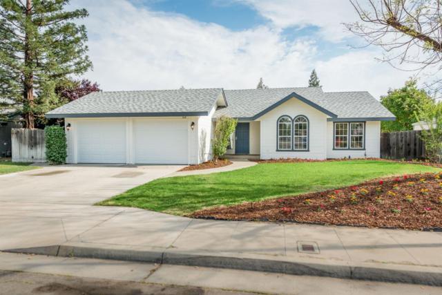 518 W Sample Avenue, Clovis, CA 93612 (#521699) :: Soledad Hernandez Group