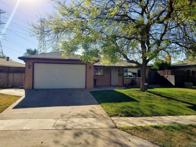 4555 N Feland Avenue, Fresno, CA 93722 (#521736) :: Soledad Hernandez Group