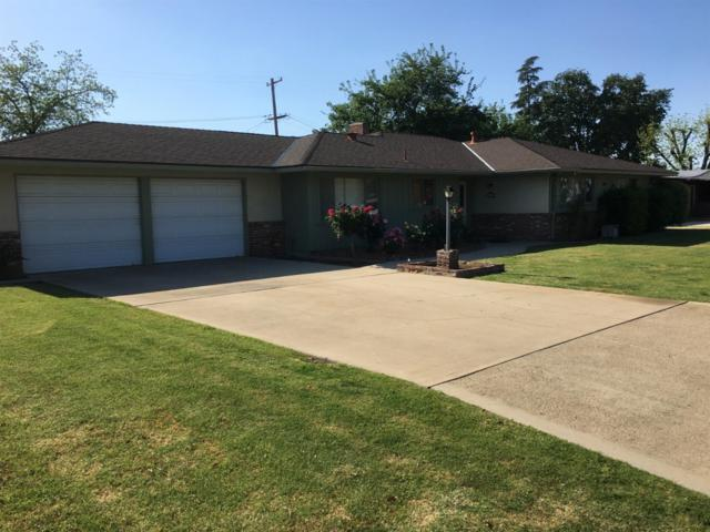 1401 Greenwood Avenue, Sanger, CA 93657 (#521753) :: FresYes Realty