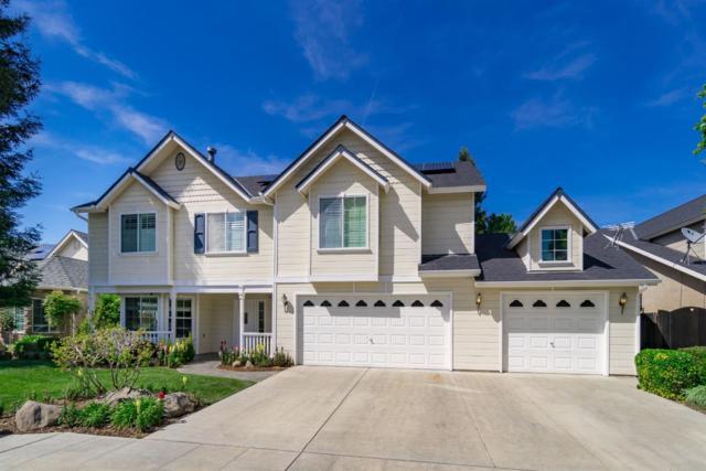 155 W Lester Avenue, Clovis, CA 93619 (#521794) :: FresYes Realty