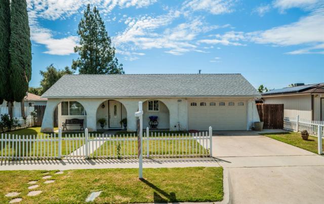 3647 N Ezie Avenue, Fresno, CA 93727 (#521849) :: FresYes Realty