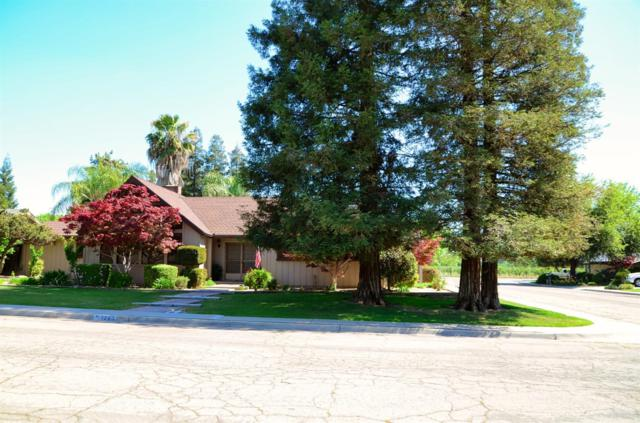 1263 W Oak Drive Circle, Reedley, CA 93654 (#521966) :: Soledad Hernandez Group