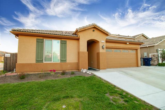 3029 N Leanna Avenue, Fresno, CA 93737 (#522052) :: FresYes Realty