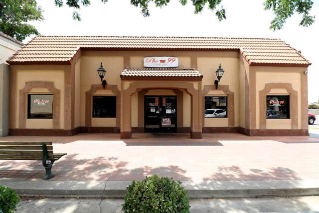 231 N K Street, Tulare, CA 93274 (#522257) :: FresYes Realty