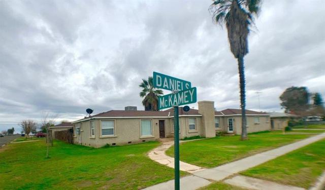 5966 Daniels Avenue, Tranquillity, CA 93668 (#522396) :: Raymer Realty Group