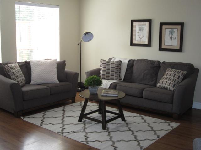 6674 N 3Rd Street, Fresno, CA 93710 (#523276) :: FresYes Realty