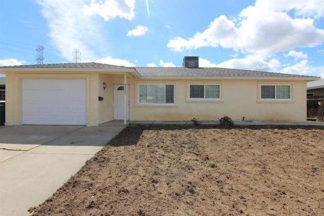 4579 N Feland Avenue, Fresno, CA 93722 (#523277) :: Realty Concepts