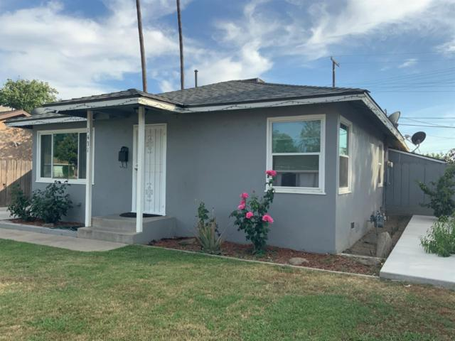 1431 N Esther Way, Fresno, CA 93728 (#523374) :: FresYes Realty