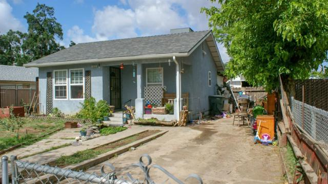 1926 S Gearhart Street, Fresno, CA 93702 (#523383) :: FresYes Realty