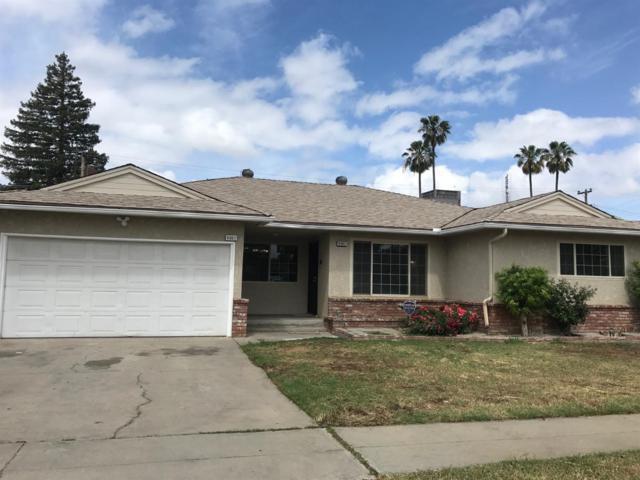 4661 N Fisher Street, Fresno, CA 93726 (#523418) :: FresYes Realty