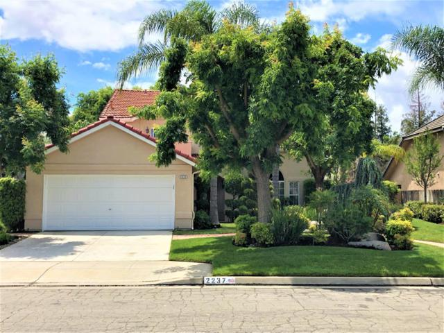 2237 E Jon Drive, Fresno, CA 93720 (#523427) :: Realty Concepts
