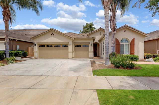 3632 W Elowin Avenue, Visalia, CA 93291 (#523432) :: FresYes Realty