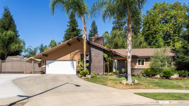 6641 N Pima Avenue, Fresno, CA 93722 (#523500) :: FresYes Realty