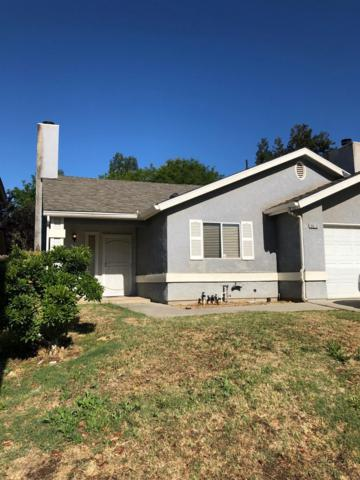 9613 N Sharon Avenue, Fresno, CA 93720 (#523517) :: Realty Concepts