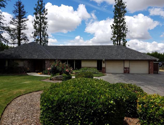 9287 N Fowler Avenue, Clovis, CA 93619 (#523535) :: FresYes Realty